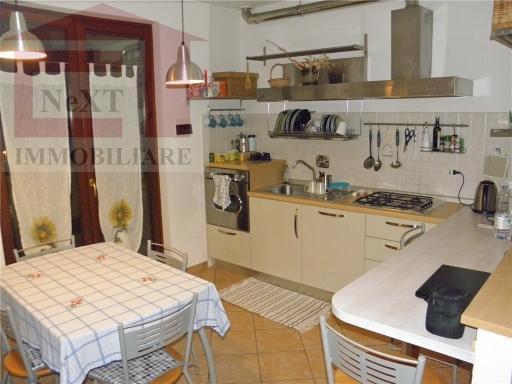 Appartamento in vendita a Reggello, 5 locali, zona Località: MONTANINO-PRULLI, prezzo € 168.000 | CambioCasa.it