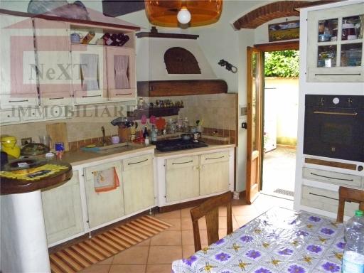 Appartamento in affitto a Rignano sull'Arno, 3 locali, zona Località: TROGHI-CELLAI, prezzo € 600 | Cambio Casa.it