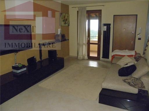 Villa a Schiera in affitto a Reggello, 4 locali, zona Località: POGGIO GIUBBIANI, prezzo € 650 | Cambio Casa.it