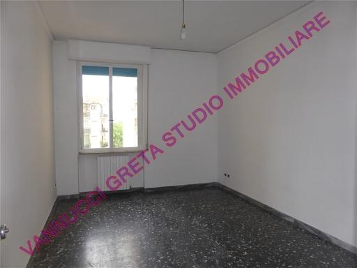 Appartamento in vendita a Scandicci, 4 locali, zona Località: CASELLINA, prezzo € 205.000 | CambioCasa.it