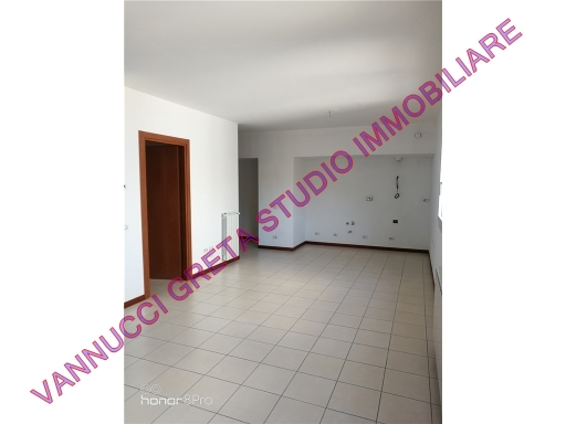 VANNUCCI GRETA STUDIO IMMOBILIARE - Rif. 1/0202