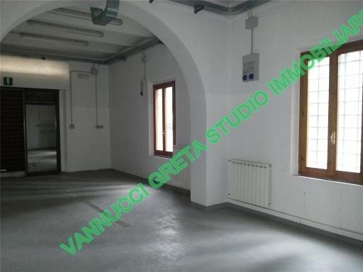 Laboratorio in affitto a Fiesole, 4 locali, zona Località: GIRONE, prezzo € 800   Cambio Casa.it