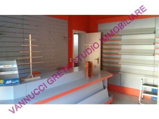 Immobile Commerciale in affitto a Scandicci, 1 locali, zona Località: CASELLINA, prezzo € 350 | Cambio Casa.it