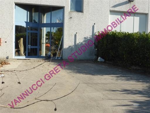 Magazzino in affitto a Poggio a Caiano, 5 locali, zona Località: POGGIO A CAIANO, prezzo € 2.500 | Cambio Casa.it