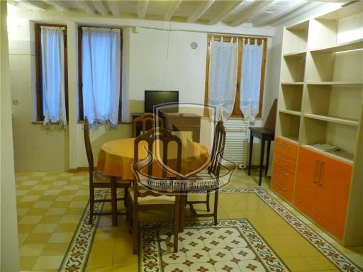 APPARTAMENTO civile abitazione in  vendita a PORTA ROMANA - SIENA (SI)