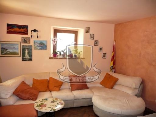 VILLA / VILLETTA / TERRATETTO terratetto in  vendita a POGGIO SALVI - SOVICILLE (SI)