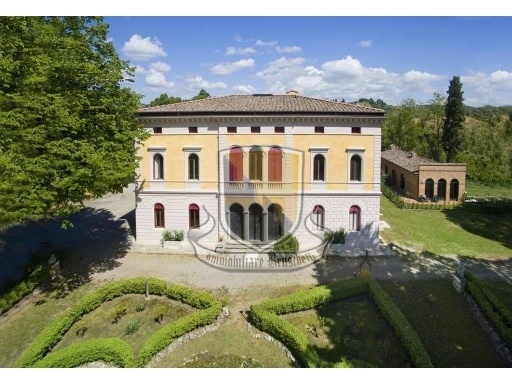VILLA / VILLETTA / TERRATETTO villa in  vendita a COSTALPINO - SIENA (SI)