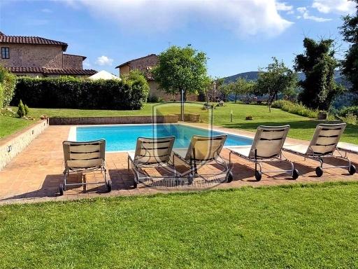 COLONICA complesso colonico in  vendita a RADI - MONTERONI D'ARBIA (SI)