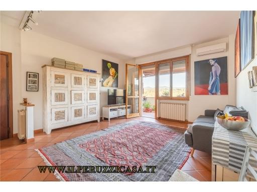 Appartamento in vendita a Rignano sull'Arno, 4 locali, zona Località: LE VALLI-PALAZZOLO, prezzo € 60.000   CambioCasa.it