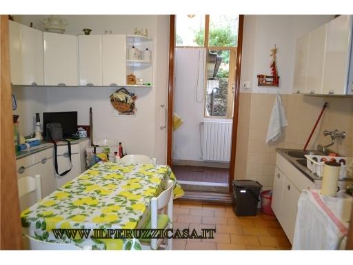Appartamento in vendita a Impruneta, 5 locali, zona Località: IMPRUNETA, prezzo € 420.000 | CambioCasa.it