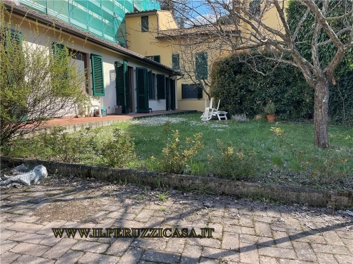 APPARTAMENTO civile abitazione in  vendita a GAVINANA - FIRENZE (FI)
