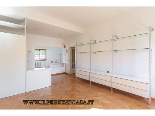 APPARTAMENTO civile abitazione in  vendita a REDI-CIRCONDARIA - FIRENZE (FI)