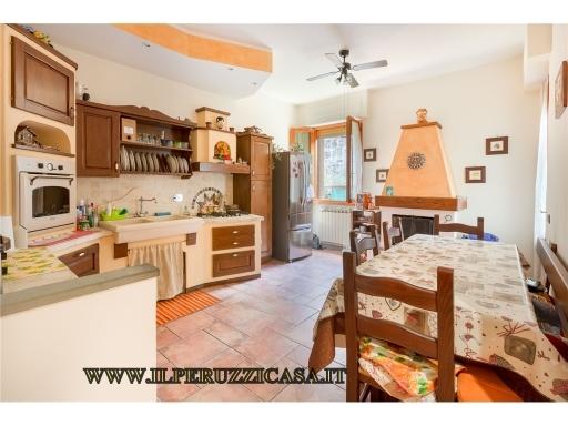 APPARTAMENTO civile abitazione in  vendita a CHIOCCHIO - GREVE IN CHIANTI (FI)