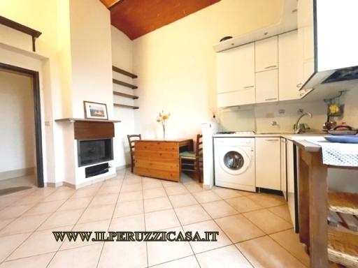 APPARTAMENTO civile abitazione in  vendita a PALAZZOLO - INCISA IN VAL D'ARNO (FI)