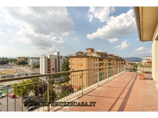 APPARTAMENTO in terratetto in  vendita a CAMPO DI MARTE-VIALE VOLTA - FIRENZE (FI)
