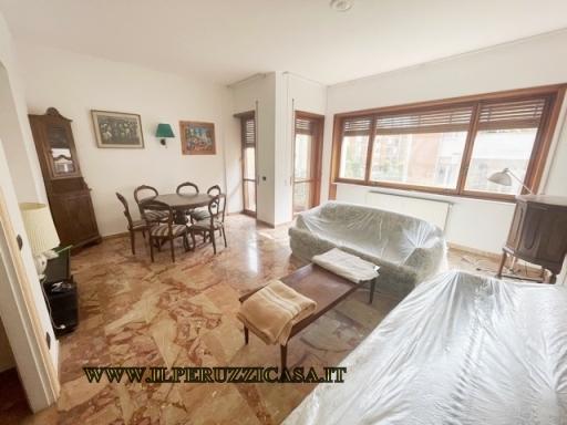 Appartamento in vendita a Bagno a Ripoli, 4 locali, zona Località: GRASSINA, prezzo € 285.000 | Cambio Casa.it