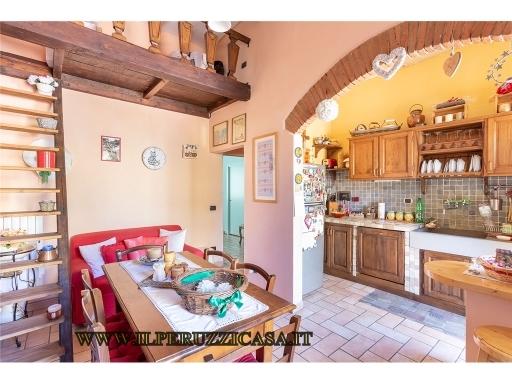 Appartamento in vendita a Firenze, 4 locali, zona Zona: 1 . Castello, Careggi, Le Panche, prezzo € 250.000 | Cambio Casa.it