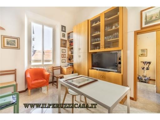 Appartamento in vendita a Firenze, 7 locali, zona Zona: 11 . Viali, prezzo € 600.000 | CambioCasa.it
