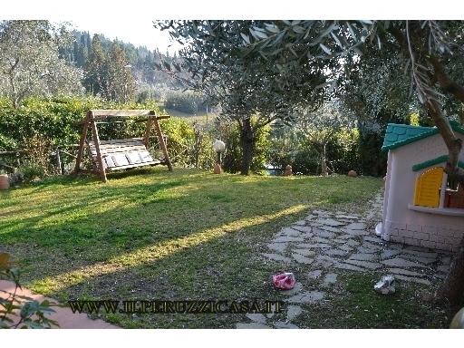 VILLA / VILLETTA / TERRATETTO terratetto in  vendita a CHIOCCHIO - GREVE IN CHIANTI (FI)