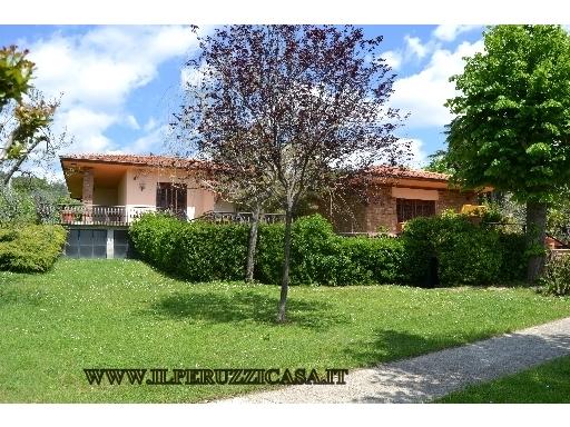 VILLA / VILLETTA / TERRATETTO villa in  vendita a SALVIATINO-SAN DOMENICO - FIRENZE (FI)