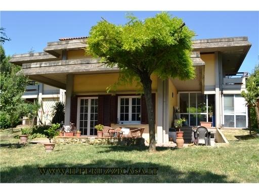 VILLA / VILLETTA / TERRATETTO villa in  vendita a GRETI - GREVE IN CHIANTI (FI)