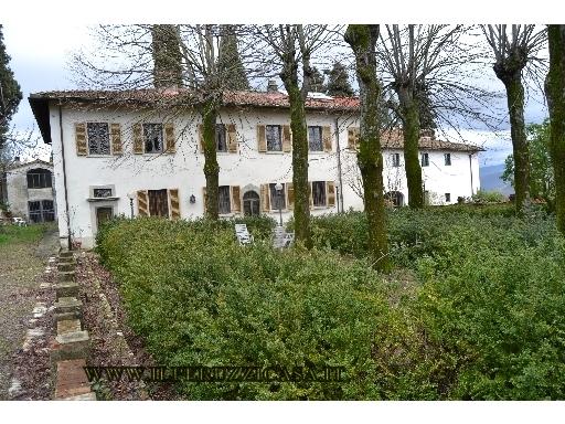 VILLA / VILLETTA / TERRATETTO villa in  vendita a ROSANO - RIGNANO SULL'ARNO (FI)