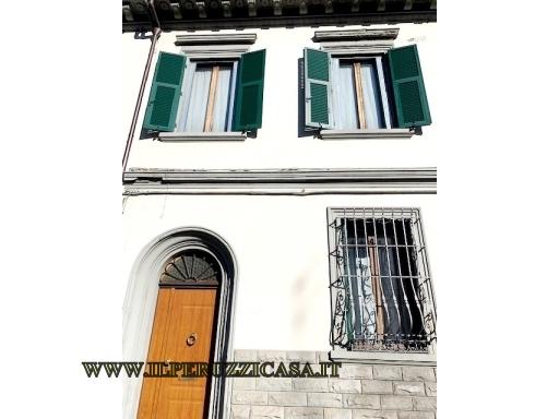 VILLA / VILLETTA / TERRATETTO terratetto in  vendita a SAN JACOPINO - FIRENZE (FI)