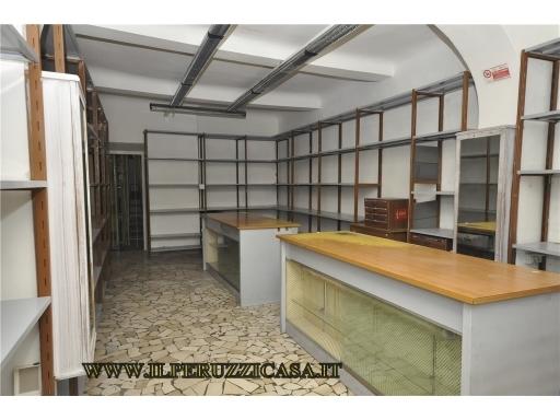 Immobile Commerciale in affitto a Impruneta, 2 locali, zona Località: IMPRUNETA, prezzo € 800   CambioCasa.it