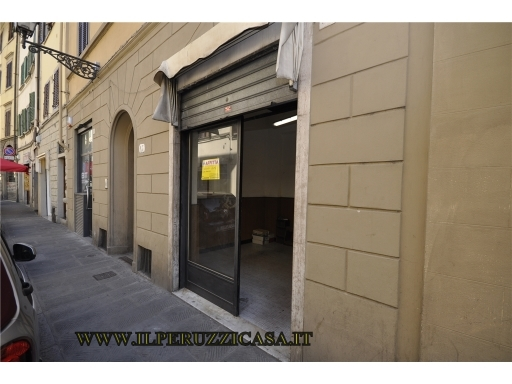 Immobile Commerciale in Affitto a Firenze