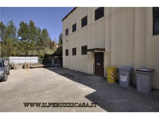 CAPANNONE / MAGAZZINO artigianale in  vendita a SAN POLO IN CHIANTI - GREVE IN CHIANTI (FI)