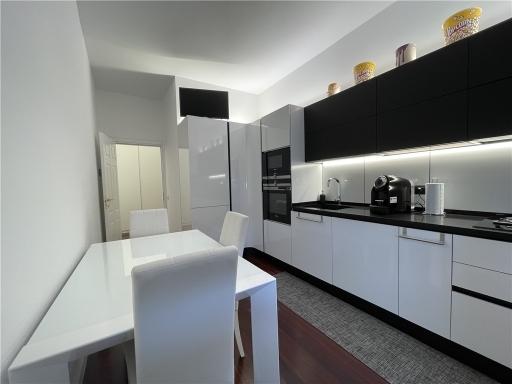 Appartamento in vendita a Firenze zona Porta san frediano-piazza santo spirito - immagine 2
