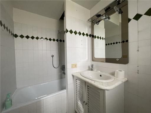Appartamento in vendita a Firenze zona Legnaia - immagine 34