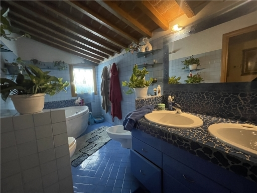Villa / Villetta / Terratetto in vendita a Firenze zona Ponte a greve - immagine 18