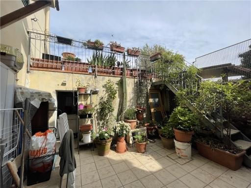 Villa / Villetta / Terratetto in vendita a Firenze zona Ponte a greve - immagine 19