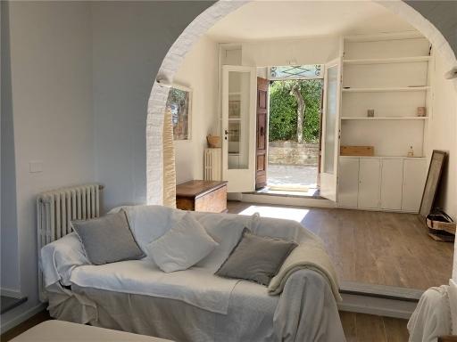 Villa / Villetta / Terratetto in vendita a Firenze zona Legnaia - immagine 1