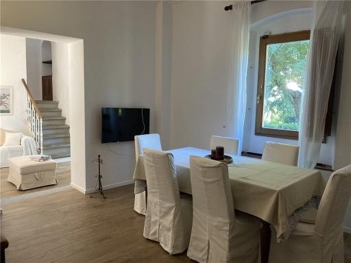 Villa / Villetta / Terratetto in vendita a Firenze zona Legnaia - immagine 2