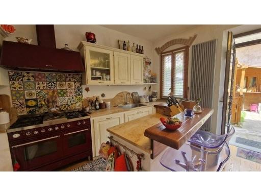 Villa / Villetta / Terratetto in vendita a Firenze zona Soffiano - immagine 3