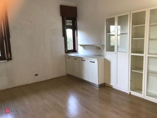 Villa / Villetta / Terratetto in vendita a Firenze zona Beccaria-d'azeglio - immagine 3