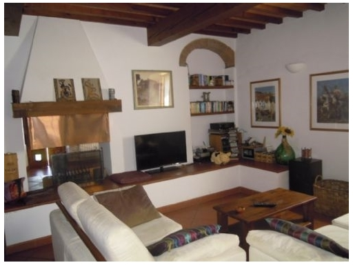Colonica in vendita a Scandicci zona Mosciano - immagine 2