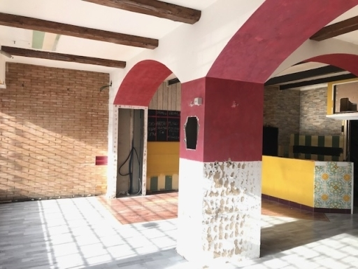 Fondo / Negozio / Ufficio in affitto a Firenze zona San quirico di legnaia - immagine 3