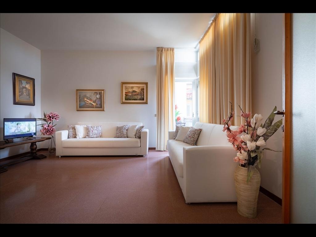 Appartamento in affitto a Firenze zona Piazza santa maria novella-piazza ognissanti - immagine 2