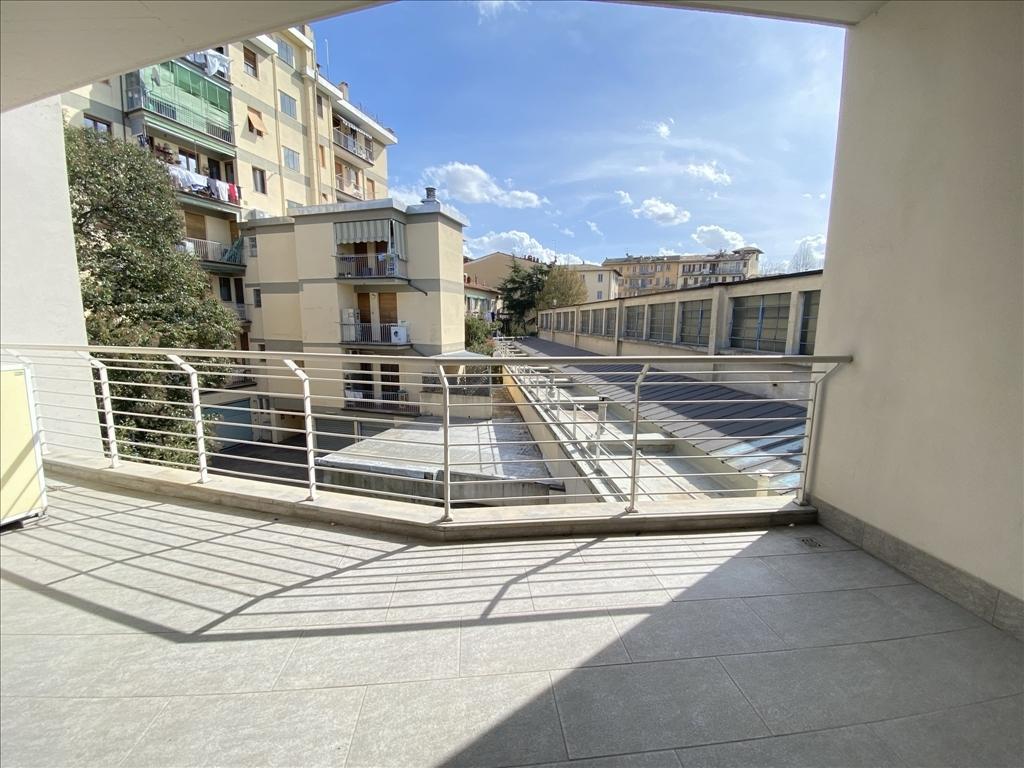 Appartamento in affitto a Firenze zona Statuto - immagine 12