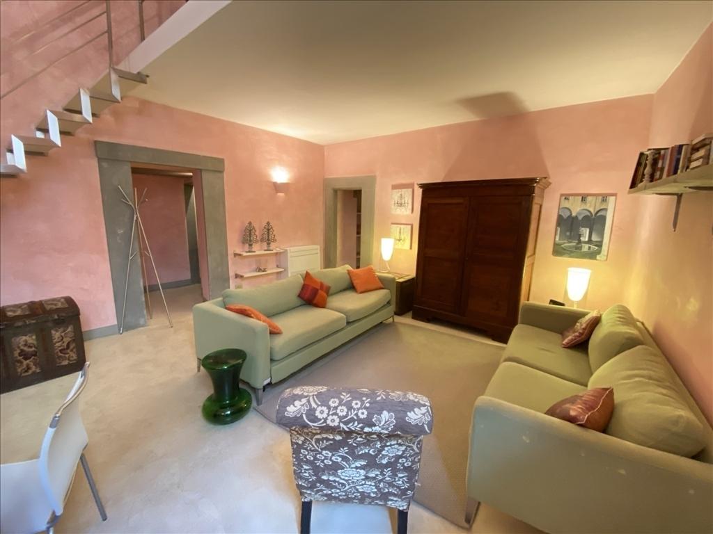 Appartamento in affitto a Firenze zona Porta san frediano-piazza santo spirito - immagine 2