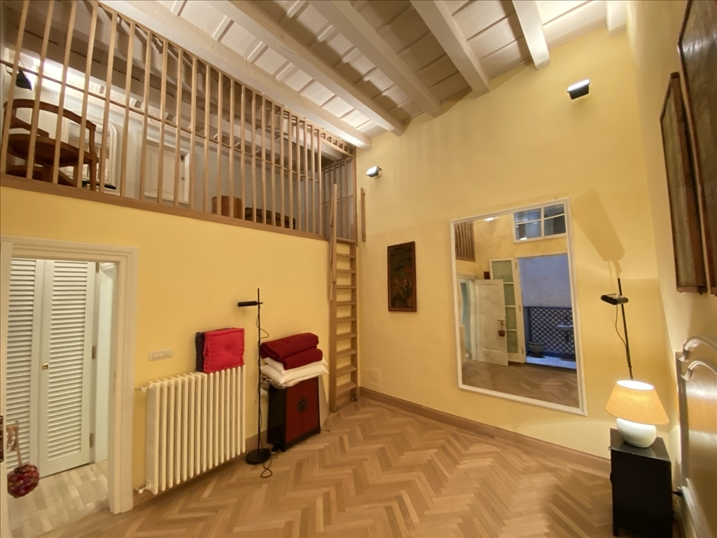Appartamento in vendita a Firenze zona Piazza del duomo-piazza della signoria - immagine 10