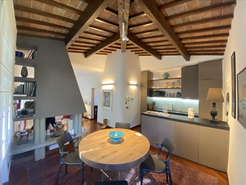 Appartamento in affitto a Firenze zona Michelangelo - immagine 1