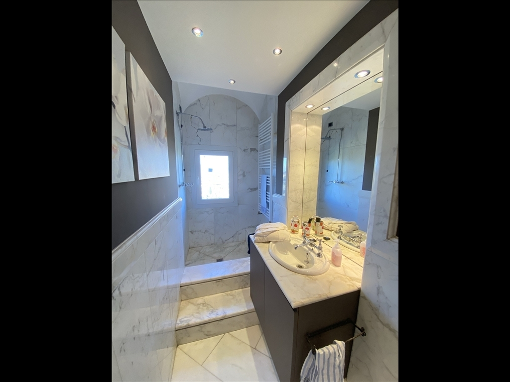 Appartamento in affitto a Firenze zona Michelangelo - immagine 15