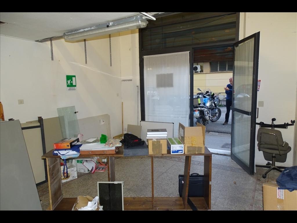 Fondo / Negozio / Ufficio in affitto a Firenze zona Statuto - immagine 4
