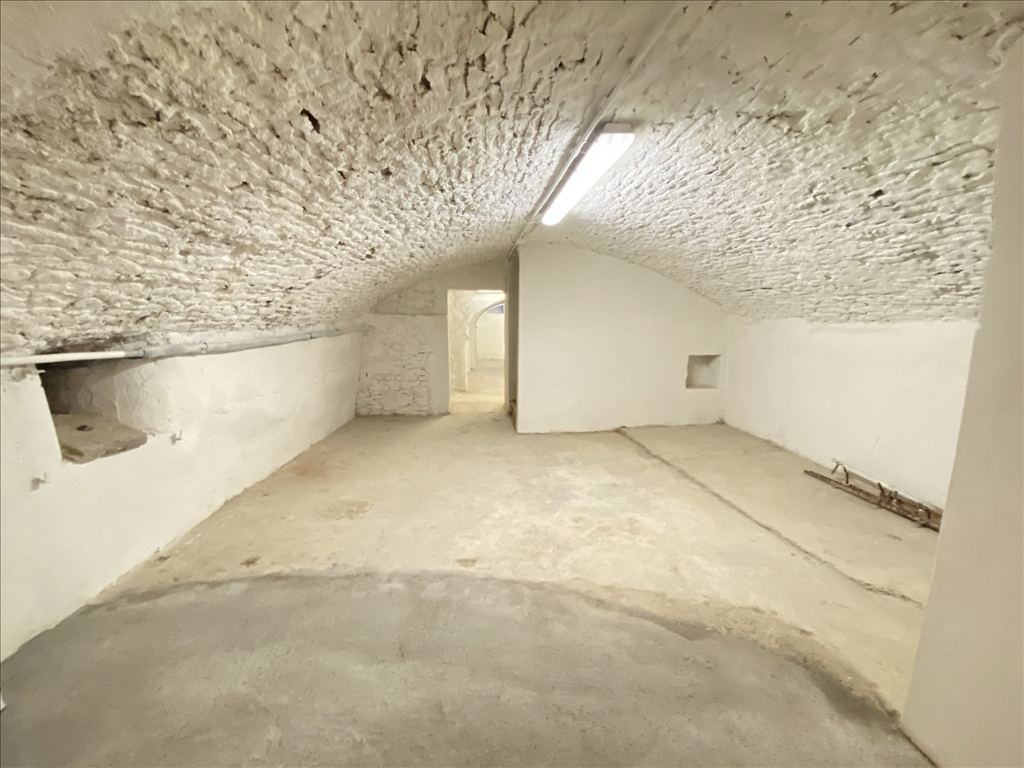 Fondo / Negozio / Ufficio in affitto a Firenze zona Corso italia-porta al prato - immagine 8