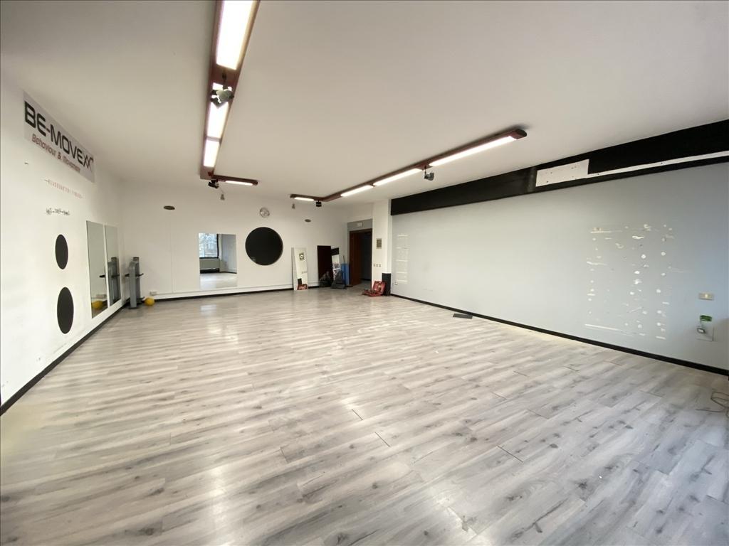 Fondo / Negozio / Ufficio in affitto a Firenze zona Legnaia - immagine 10