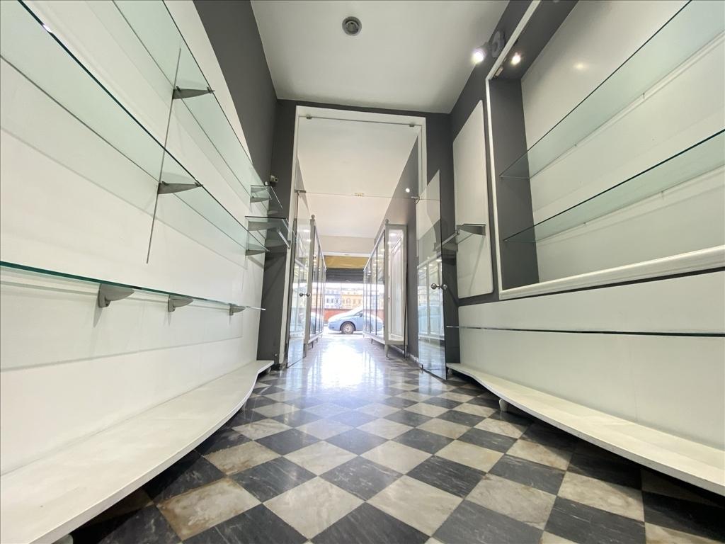 Fondo / Negozio / Ufficio in affitto a Firenze zona Piazza del duomo-piazza della signoria - immagine 9